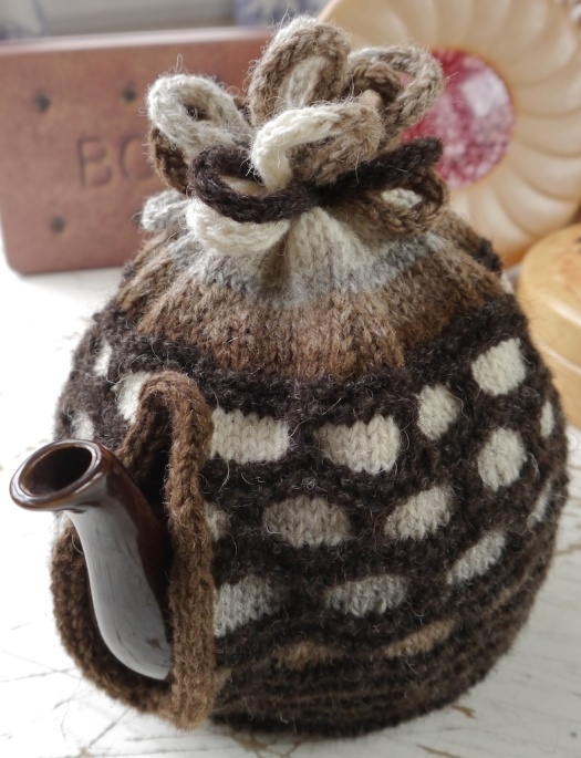 FW_TeaCozy_Stripes