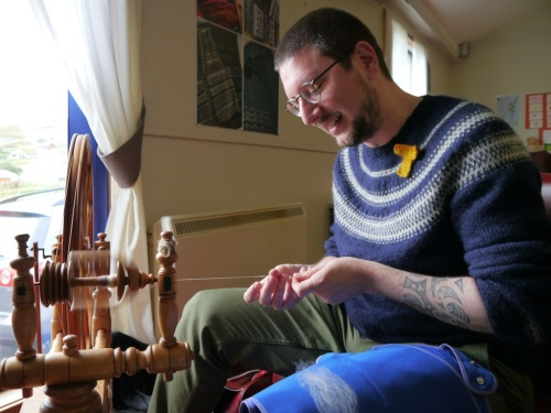 Tom spinning a yarn