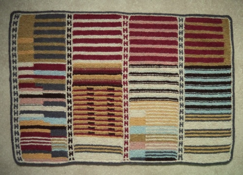 knitted rug in garterstitch by tomofholland