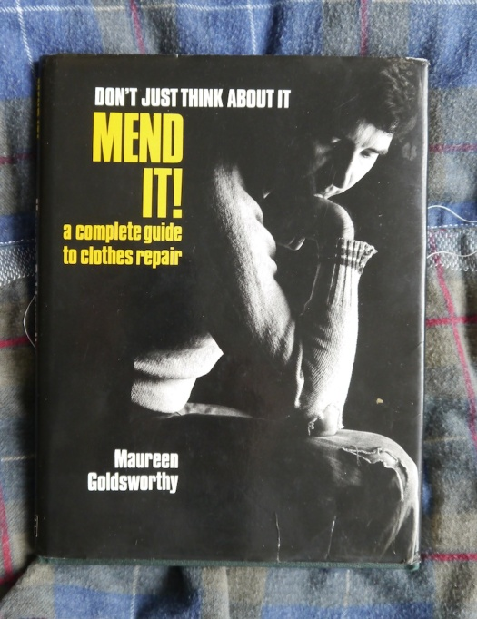 tomofholland's copy of Mend It! by Maureen Goldsworthy