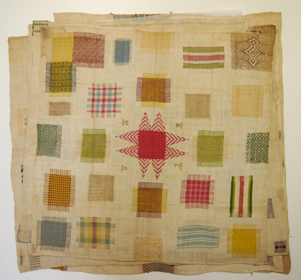 """Embroidered Quilt Block Panel /""""A Mother/'s Work/"""" Pure Irish Linen Fabric"""