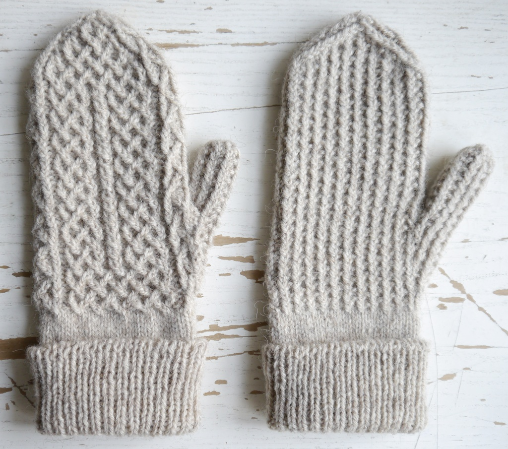 Crofters Mittens Pattern; plus, a tubular cast-on tutorial ...