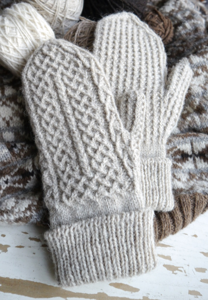 Knitting Pattern Mittens : Crofters Mittens Pattern; plus, a tubular cast-on tutorial ...