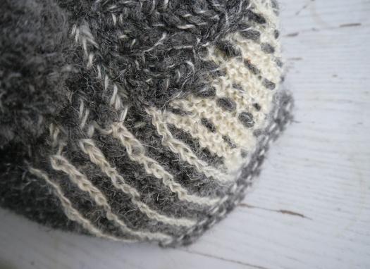 Tea Hat Tea Cosy from handspun wool