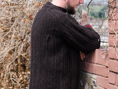 tomofholland boxpleat jumper in daughter of a shepherd yarn