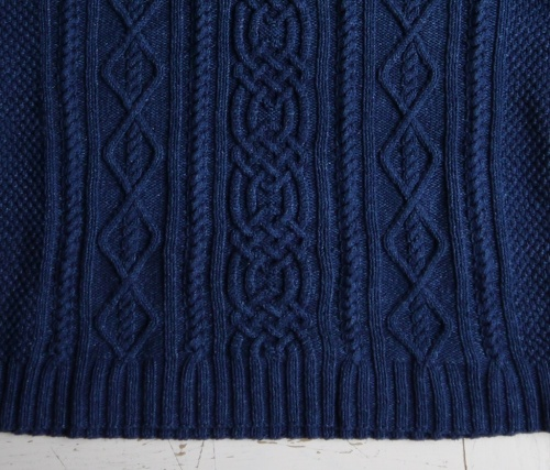 Whitby Sweater in Rowan Original Denim, cable eleganza