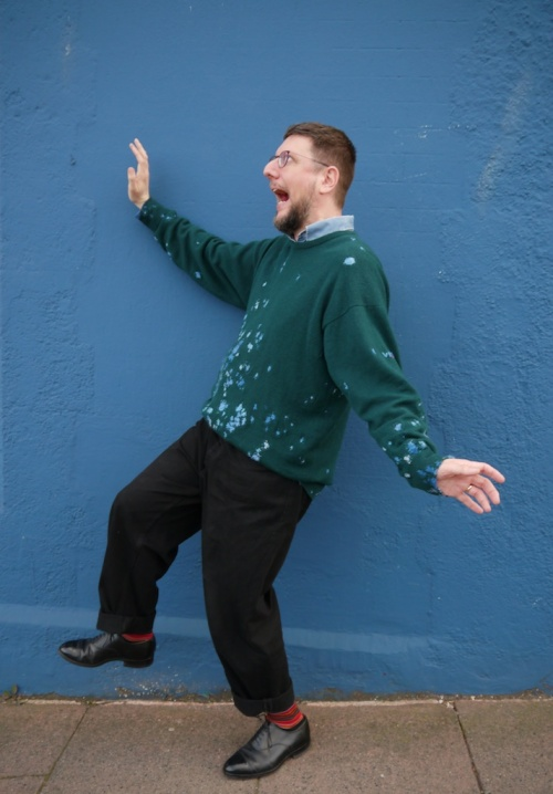 MUM+DAD Sweater Repaired silly pose tomofholland visiblemending